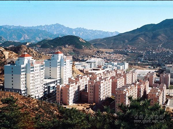 青岛科技大学崂山校区全景3